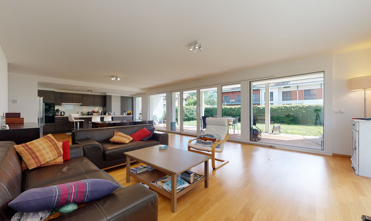 Apartment  for sale in Vaud Gingins