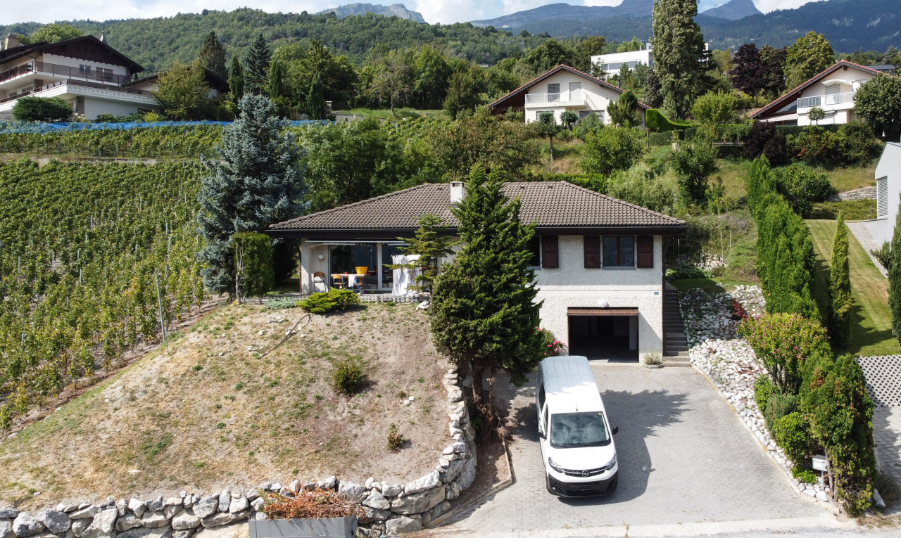 House  for sale in Valais Venthône