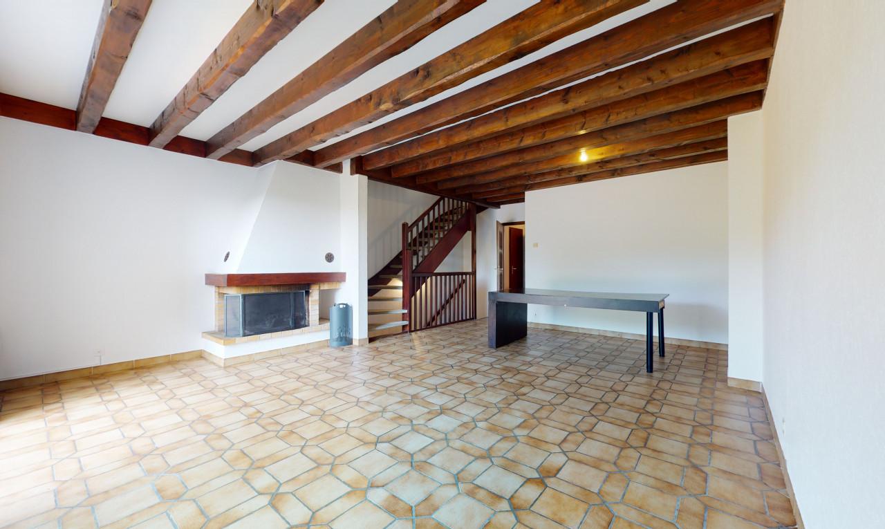 Buy it House in Geneva Bellevue