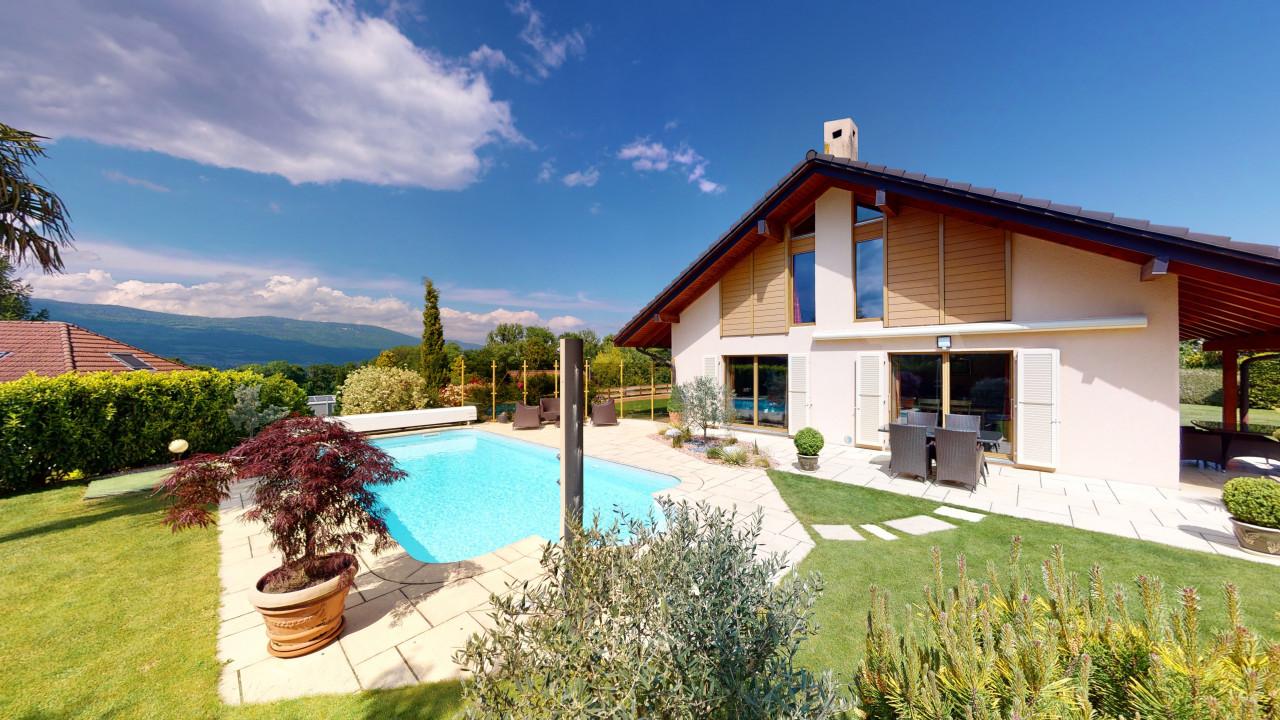 Villa exceptionnelle avec piscine  à Cheseaux-Noréaz !