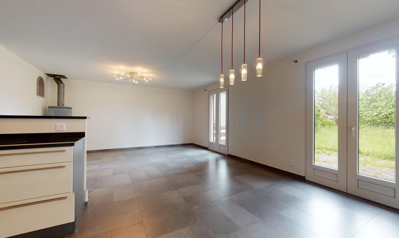 Buy it House in Geneva Athenaz (Avusy)