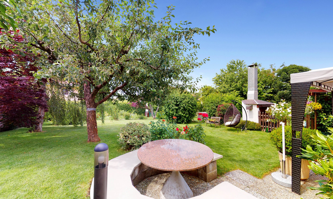 House  for sale in Vaud Epalinges