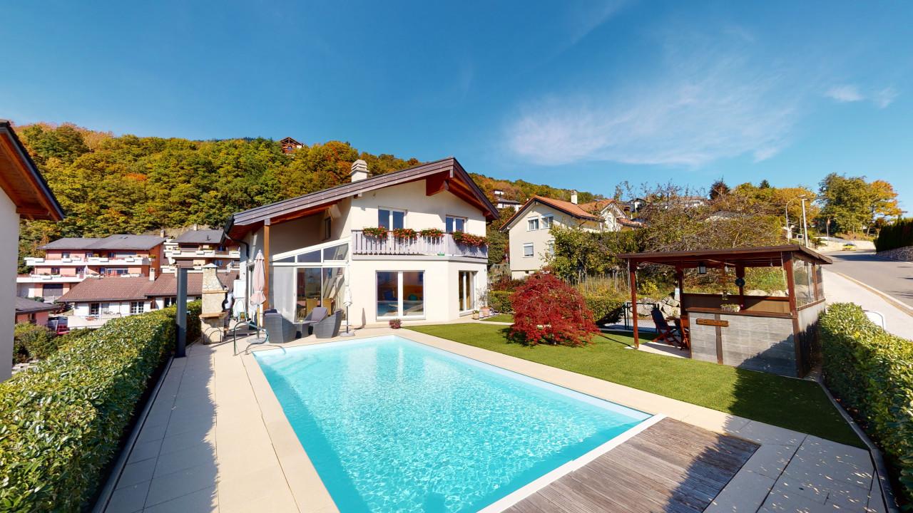Superbe maison avec piscine et vue imprenable à Savièse