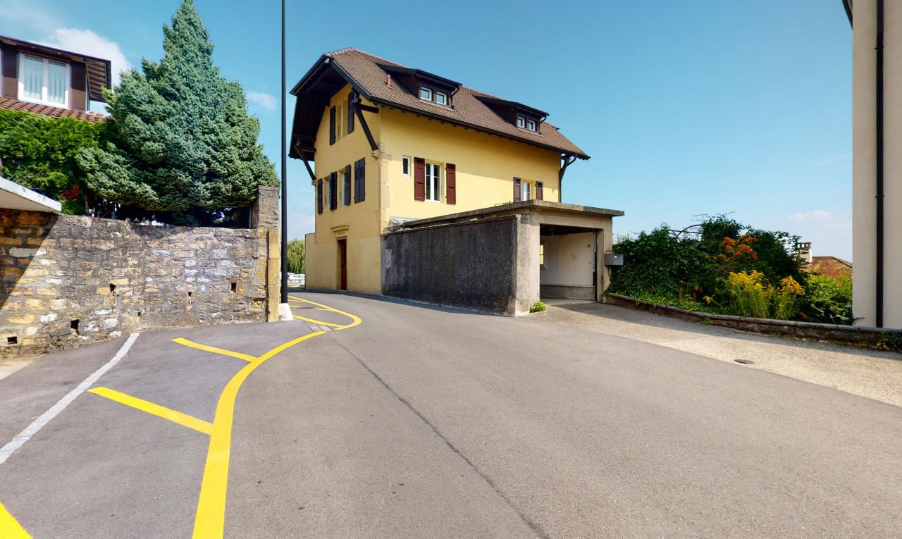 Haus zu verkaufen in Neuenburg Neuenburg