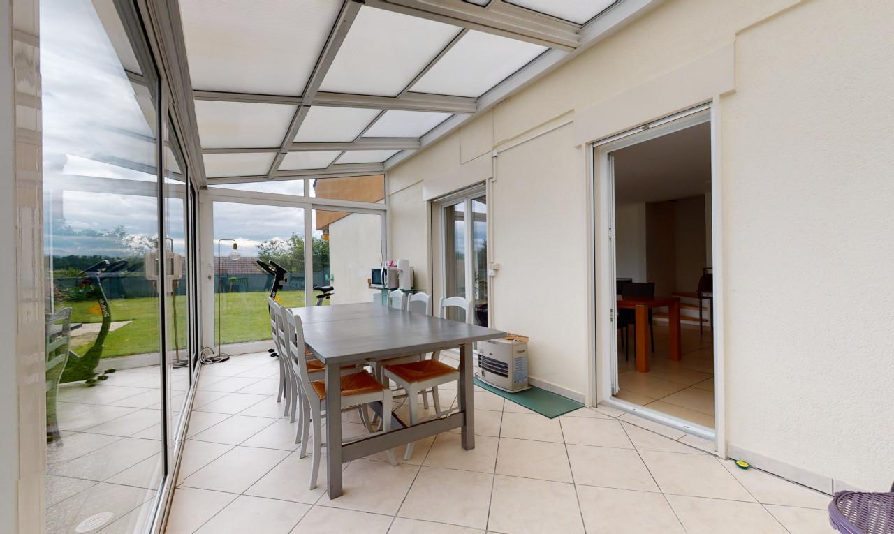 Buy it House in Vaud Echandens