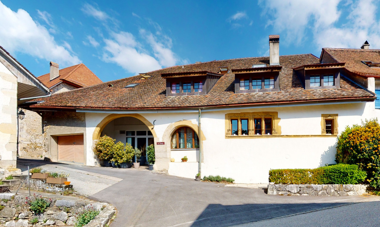 House  for sale in Vaud Concise