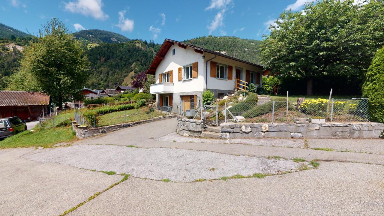Maison villageoise avec potentiel constructible