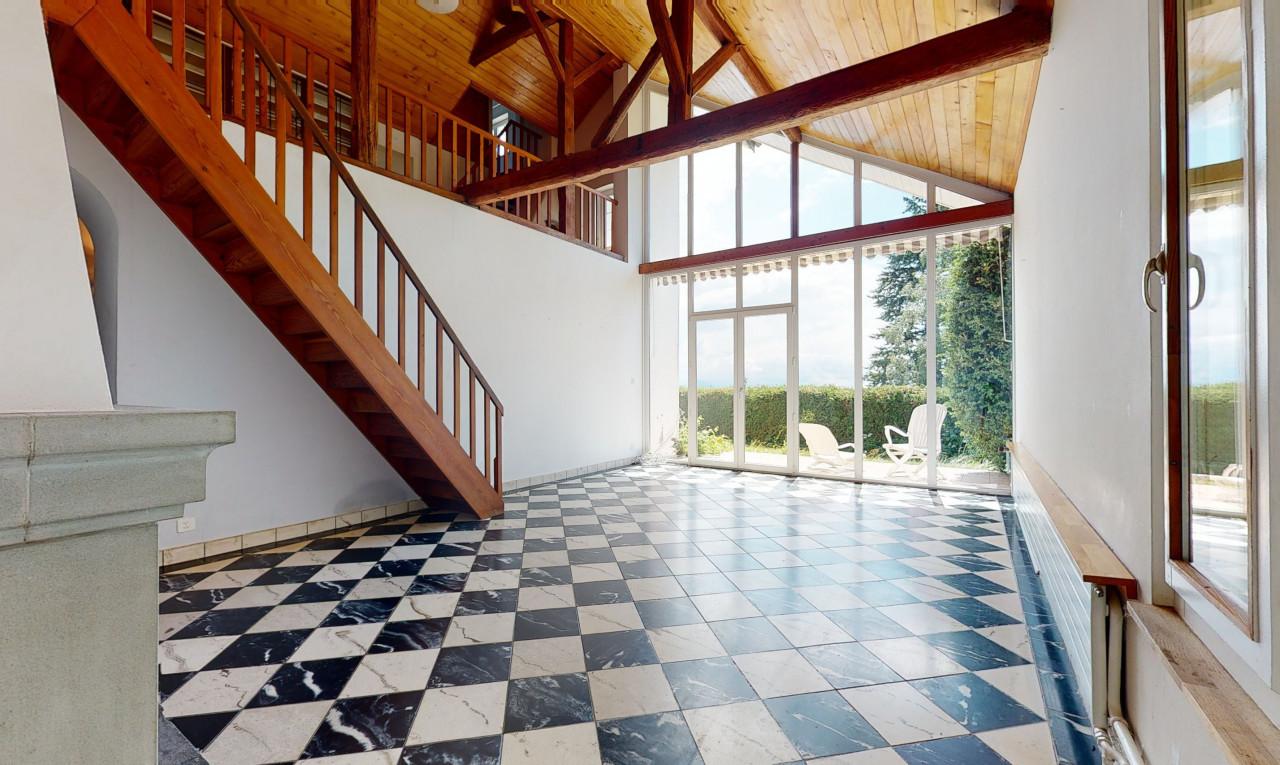 Buy it House in Vaud Savigny