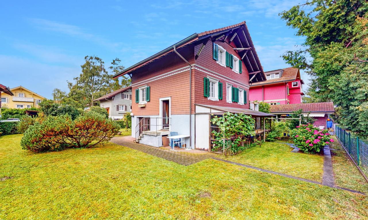 Haus zu verkaufen in Zürich Dübendorf