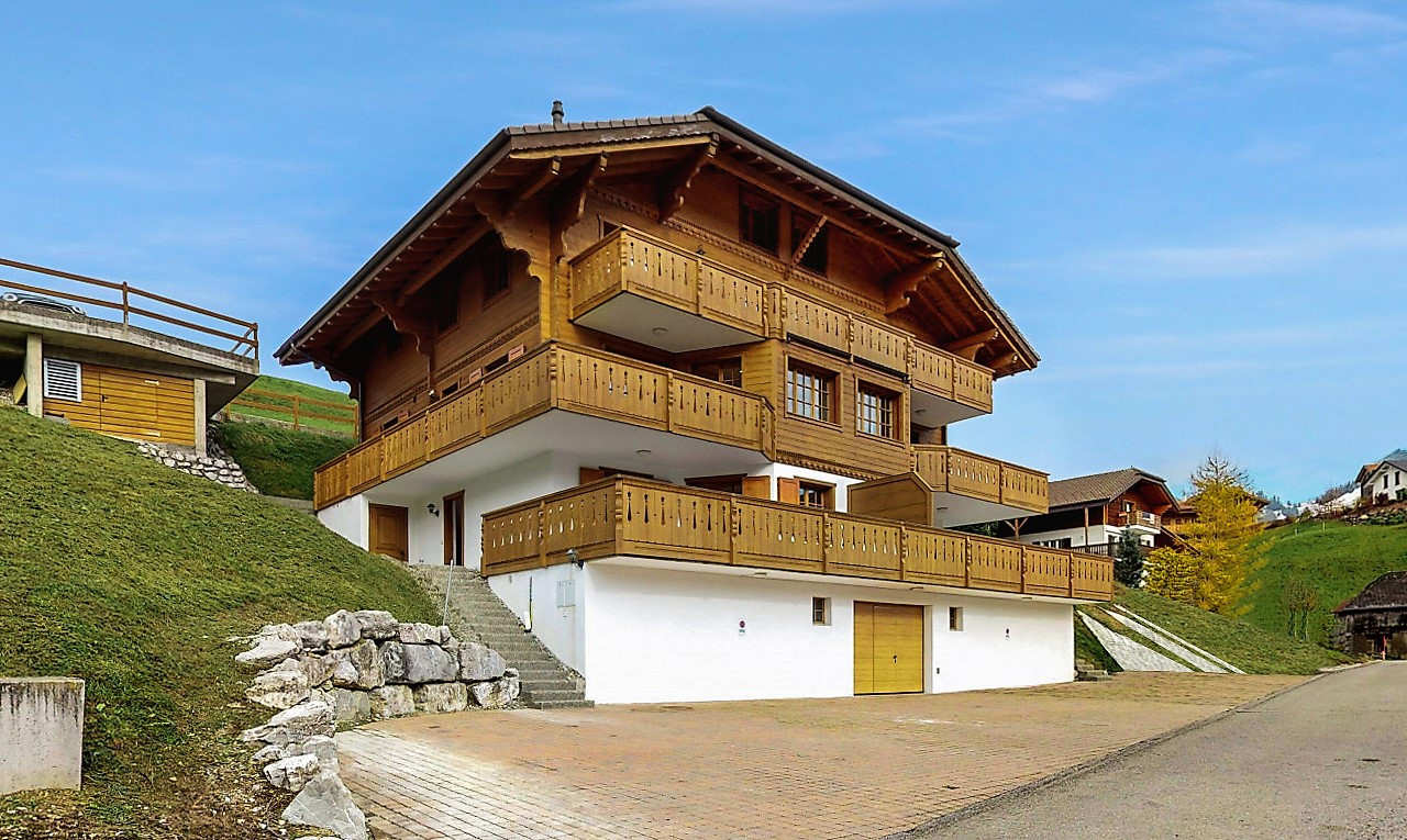 Immeuble de rendement  à vendre à Fribourg Charmey (Gruyère)