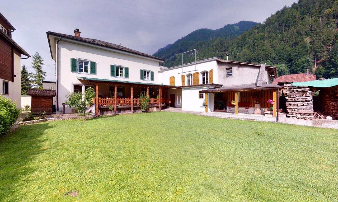 Haus zu verkaufen in Glarus Betschwanden