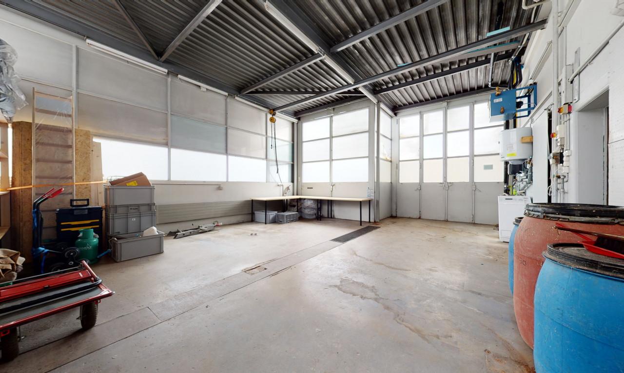Garage West / Werkstatt - Erdgeschoss